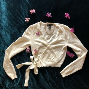 ✨NWOT Cozy White Cropped Sweater ✨